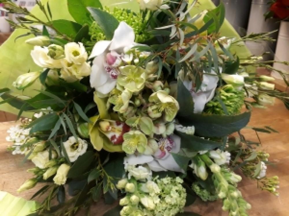 Seasonal garden bouquet