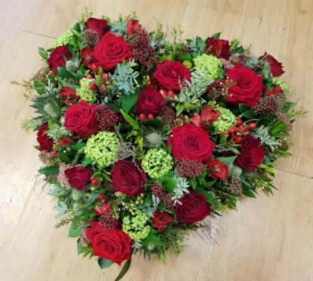 Red Heart Arrangement
